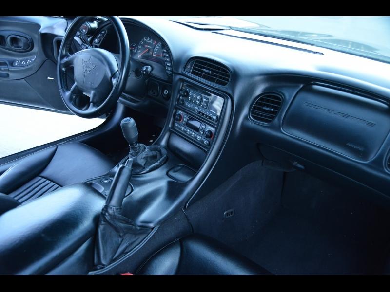 Chevrolet Corvette 2002 price $15,888