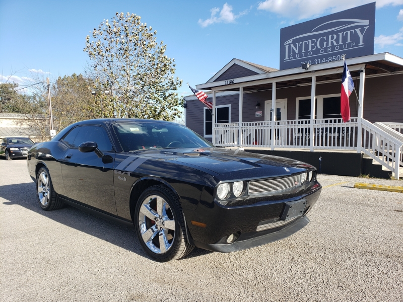 Dodge Challenger 2009 price $10,997 Cash
