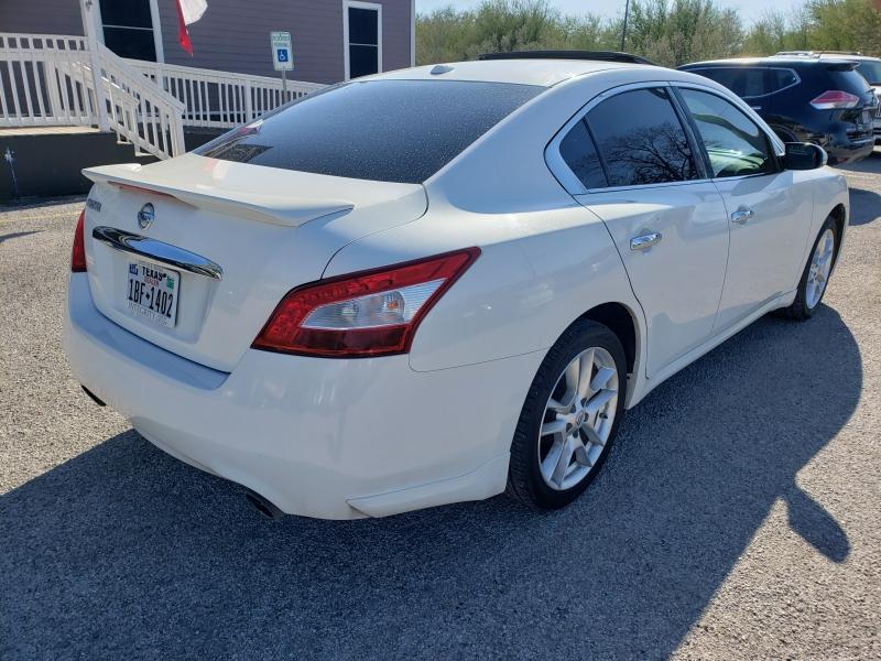 Nissan Maxima 2011 price $8,277 Cash