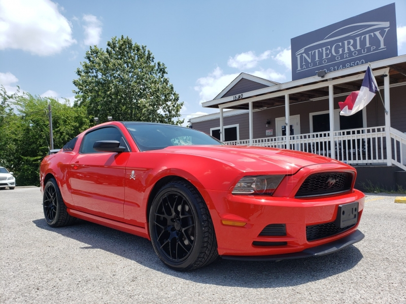 Ford Mustang 2013 price $11,997 Cash