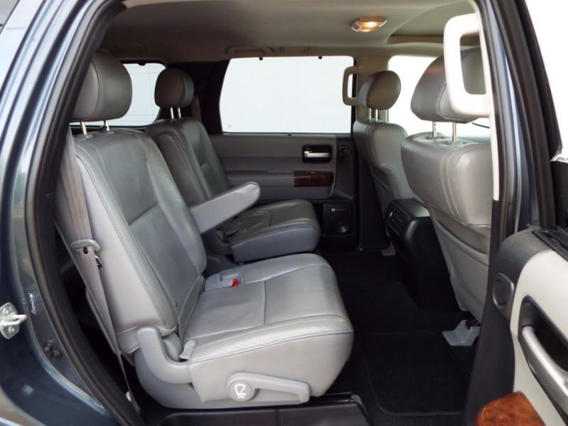 Toyota Sequoia 2008 price $10995* CASH ONLY