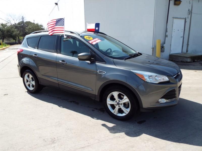Ford Escape 2014 price $995* DOWN