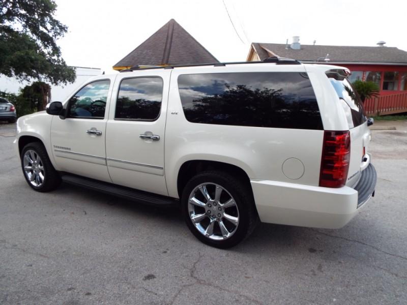 Chevrolet SUBURBAN 2012 price $2495* DOWN