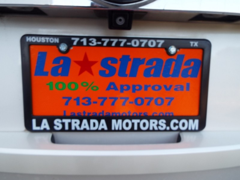 CADILLAC ESCALADE 2009 price Call for Pricing.