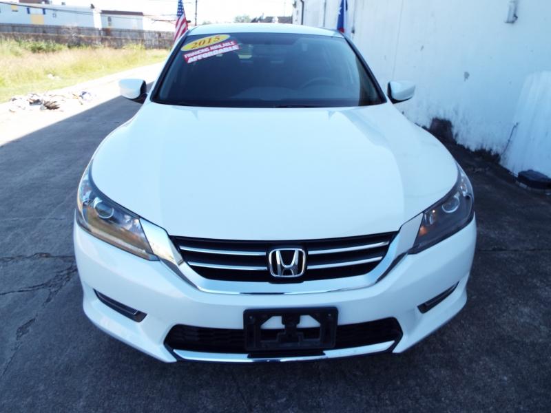 Honda ACCORD 2015 price $1495* DOWN