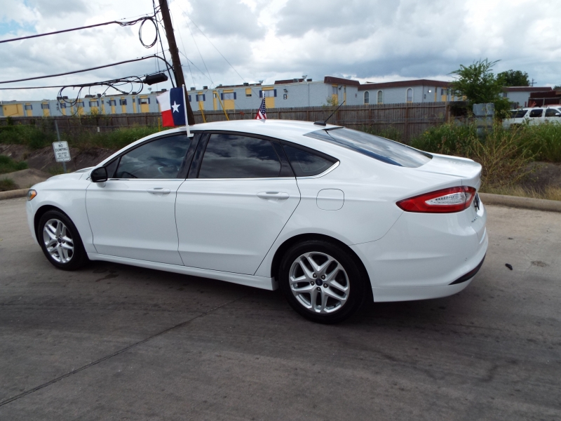 Ford Fusion 2014 price $1495* DOWN