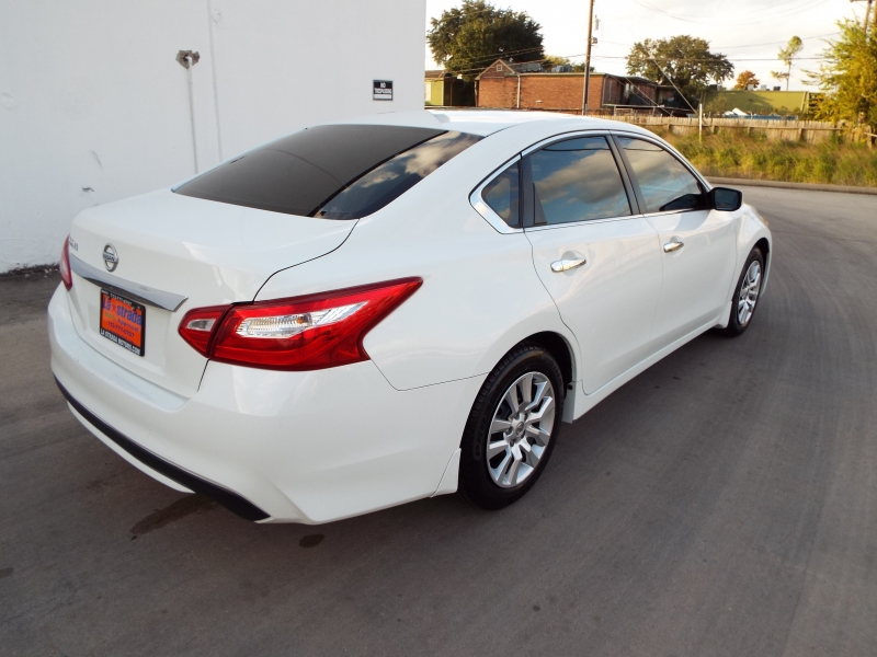 Nissan Altima 2017 price $1395* DOWN