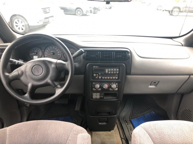 Pontiac Montana 2002 price $1,495