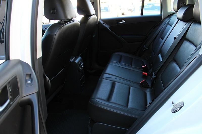 2016 Volkswagen Tiguan S  S