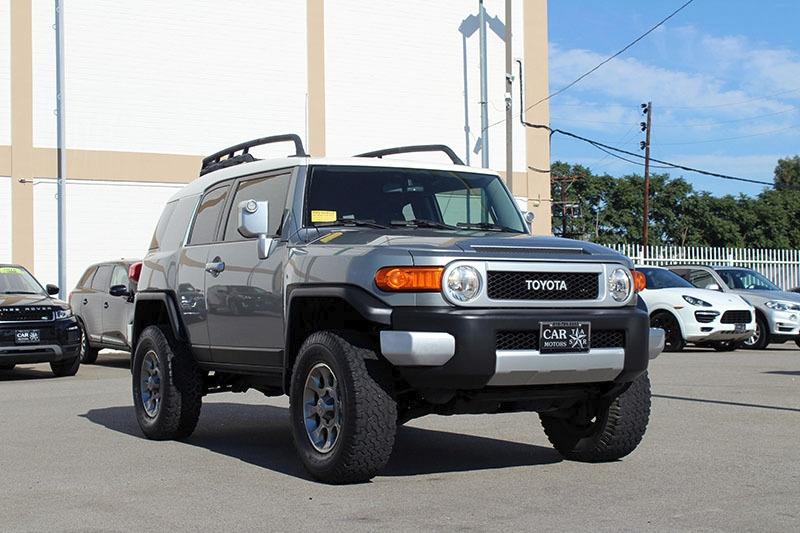 Toyota FJ Cruiser 2011 price $24,998
