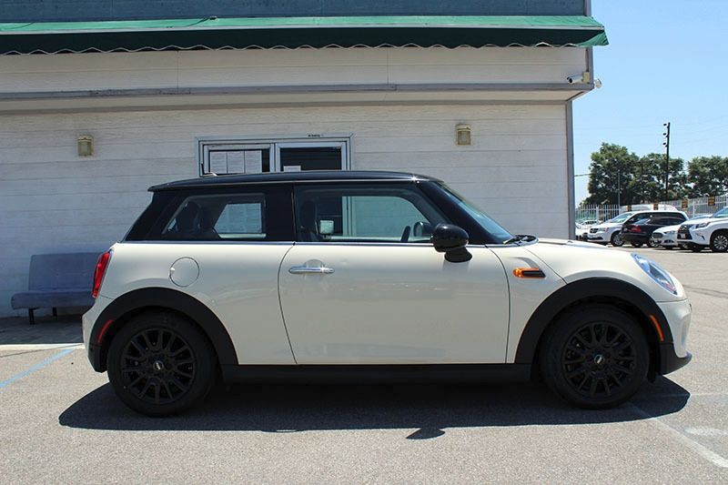 Mini Hardtop 2 Door 2017 price $17,998