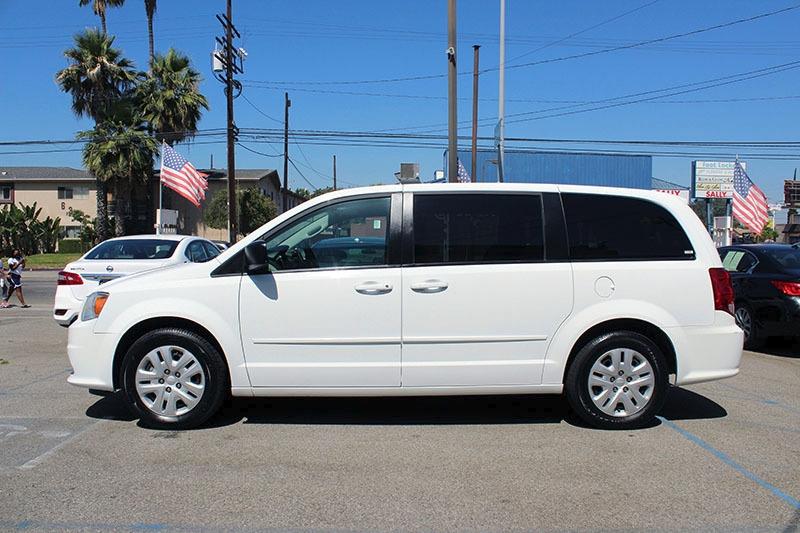 Dodge Grand Caravan 2017 price $15,998