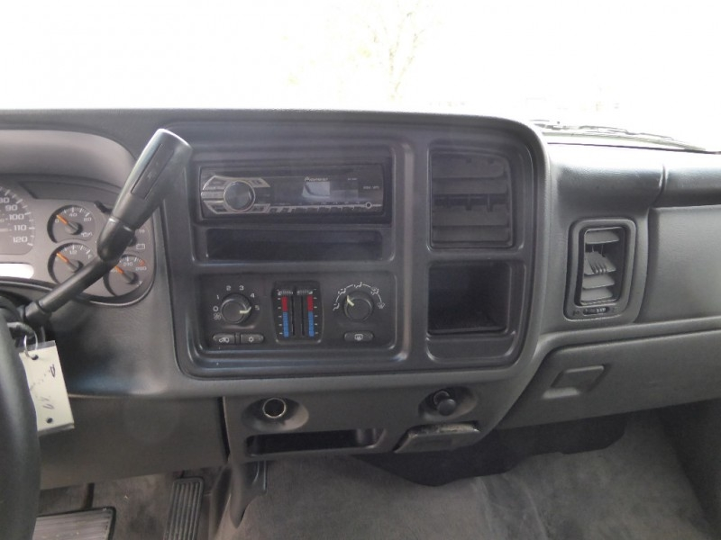 Chevrolet Avalanche 2004 price $5,995