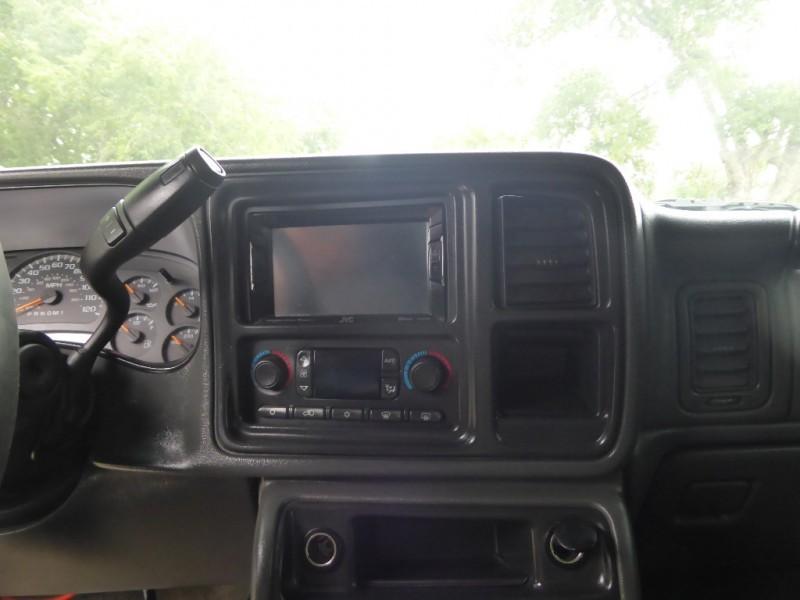 GMC Sierra 2500HD 2006 price $13,995