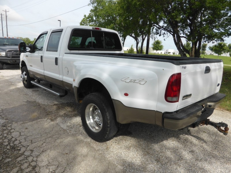 Ford Super Duty F-350 DRW 2006 price $15,995