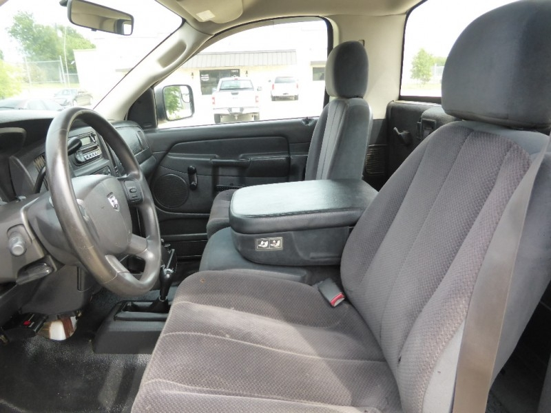 Dodge Ram 3500 2005 price $13,995