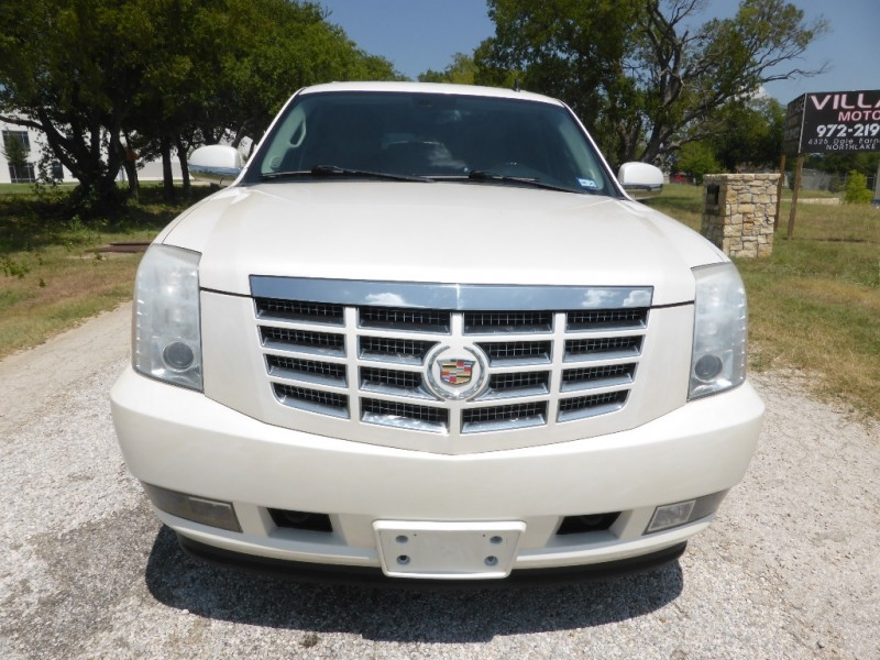 Cadillac Escalade 2009 price $15,995