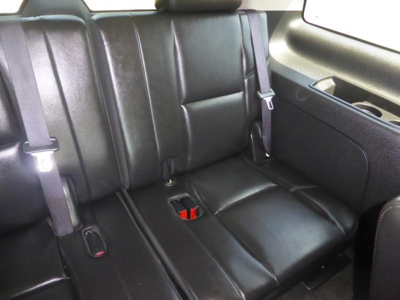 Cadillac Escalade 2009 price $14,995
