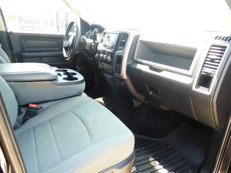Dodge Ram 2500 2016 price $29,995