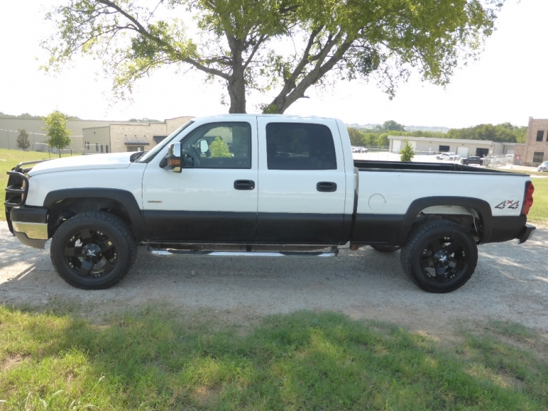 Chevrolet Silverado 2500HD 2005 price $13,995