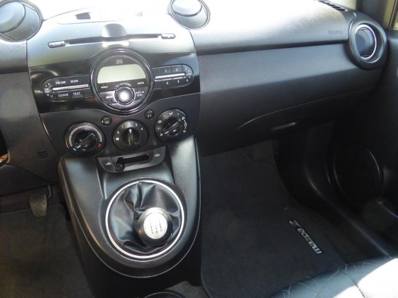 Mazda Mazda2 2011 price $5,995