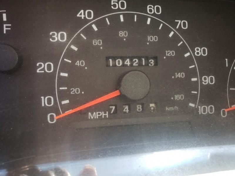 Ford Super Duty F-350 SRW 2001 price $16,995