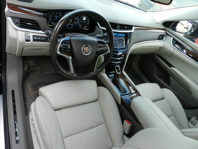 Cadillac XTS 2013 price $17,995