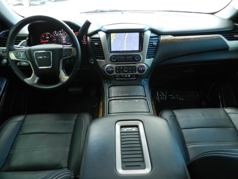 GMC Yukon XL 2015 price $32,678