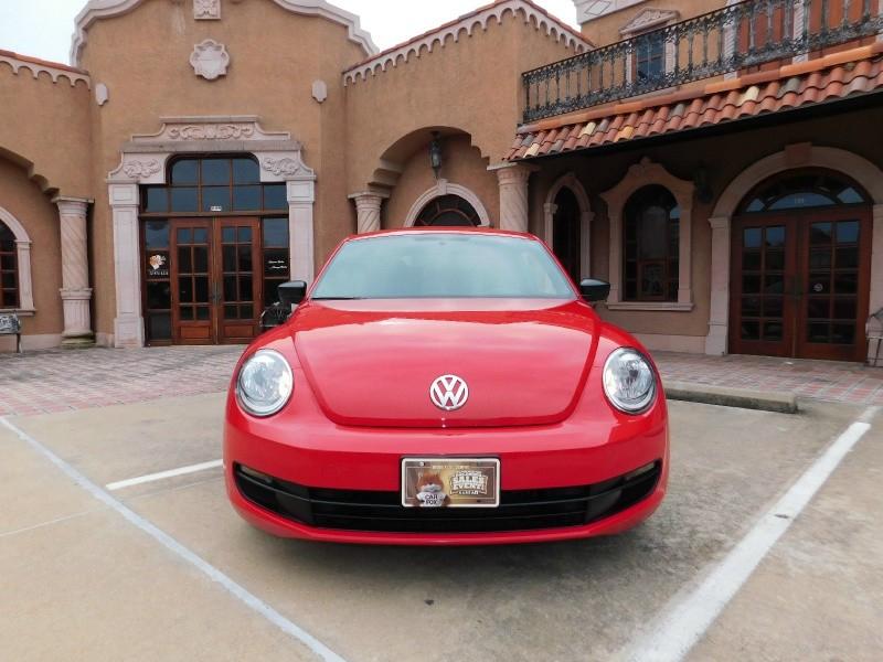 Volkswagen Beetle Coupe 2014 price $9,450