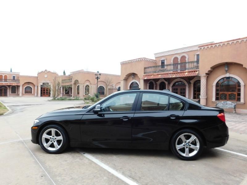 BMW 3-Series 2014 price $12,550