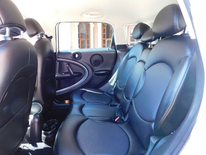 Mini Cooper Countryman 2015 price $12,950