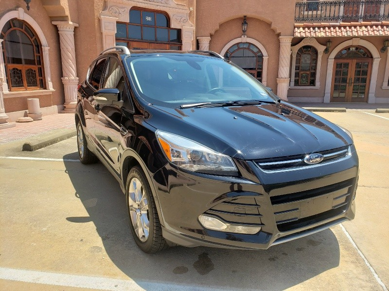 Ford Escape 2016 price $12,850