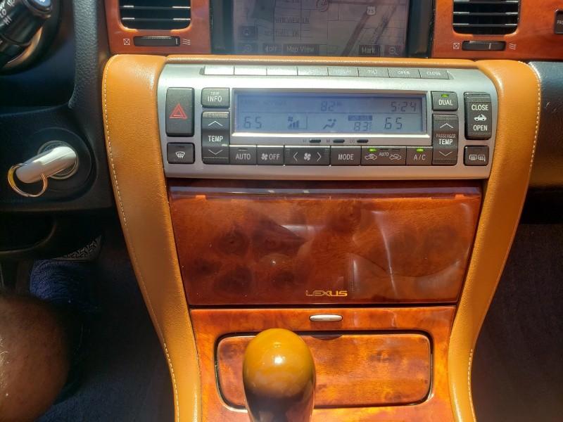Lexus SC 430 2005 price $15,950