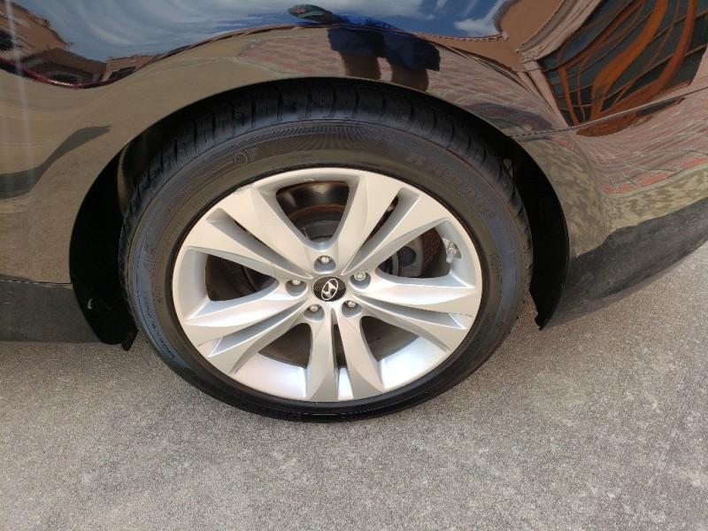 Hyundai Genesis Coupe 2012 price $9,750