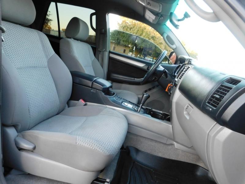 Toyota 4Runner 2009 price $13,250