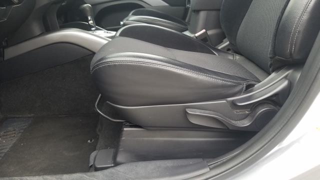 Mitsubishi Outlander 2010 price $13,995