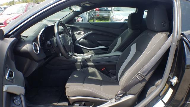 Chevrolet Camaro 2019 price $25,595