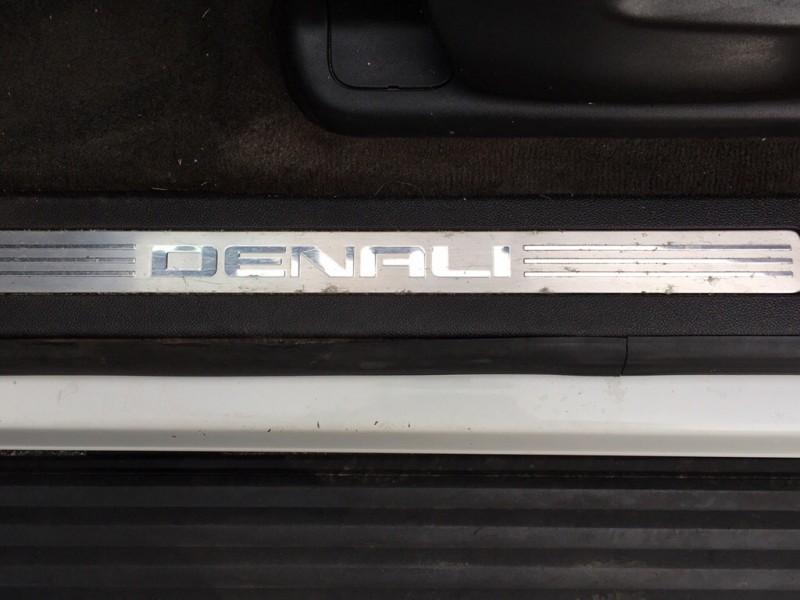 GMC YUKON XL 2008 price $11,838