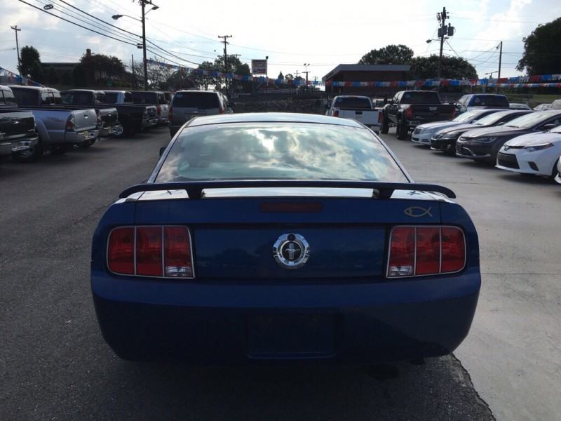 FORD MUSTANG 2009 price $6,585