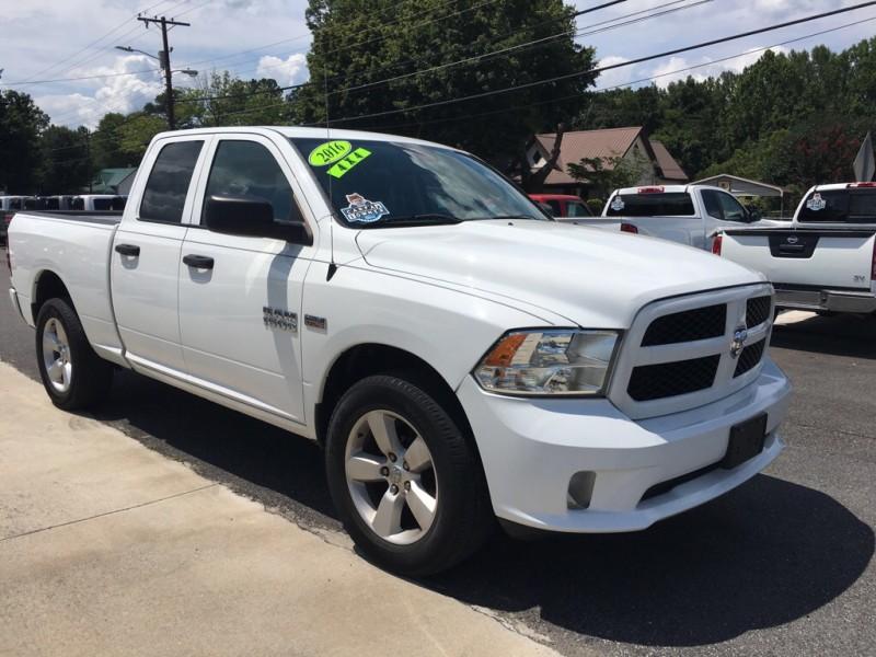 RAM 1500 2016 price $18,999