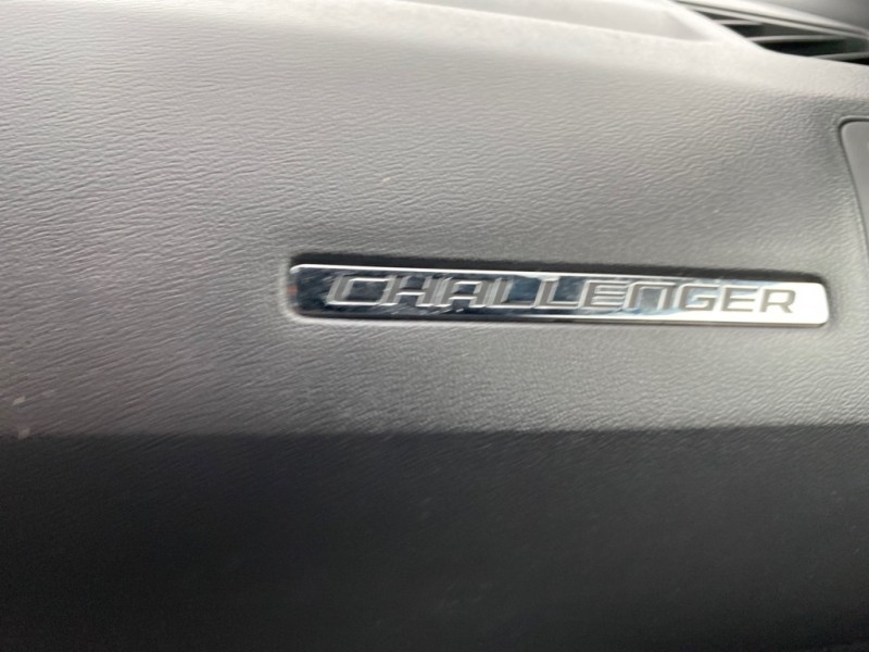 DODGE CHALLENGER 2011 price $16,621