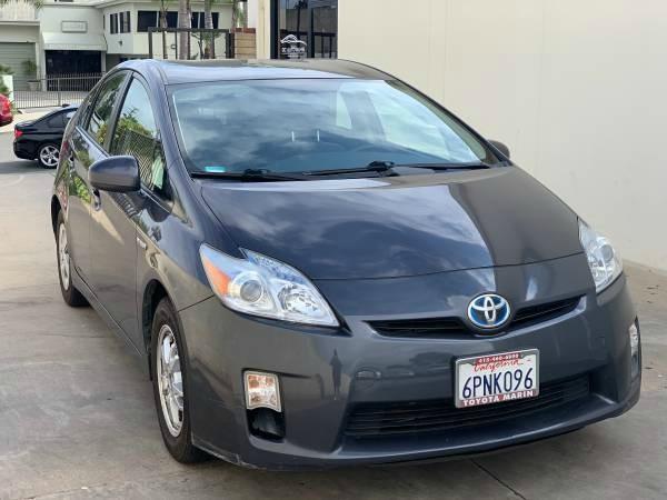 Toyota Prius 2010 price $8,499