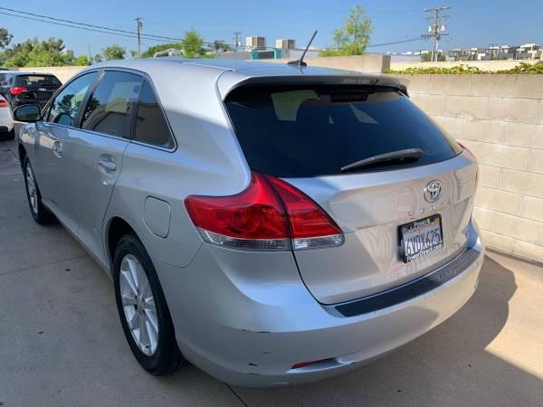 Toyota Venza 2012 price $12,999