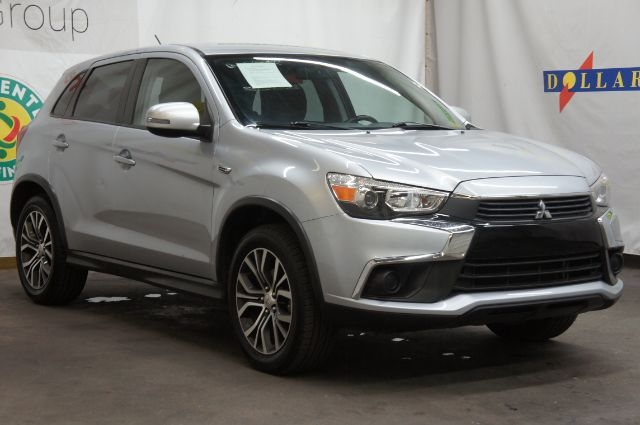 Mitsubishi Outlander Sport 2016 price Call for price