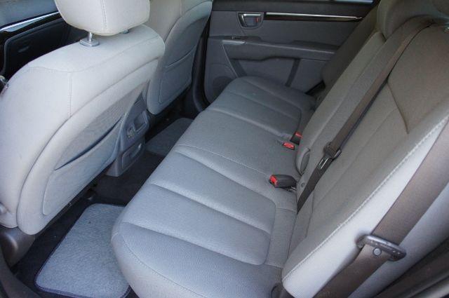 Hyundai Santa Fe 2012 price Call for price