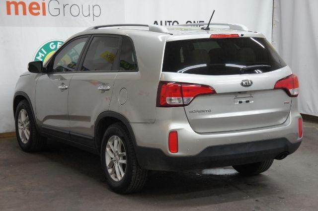 Kia Sorento 2014 price Call for price