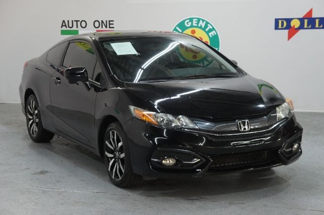 Honda Civic 2015 price Call for price