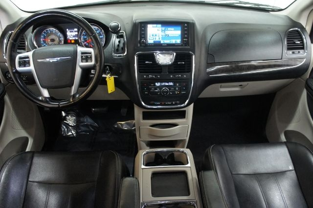 Chrysler Town & Country 2011 price Call for price