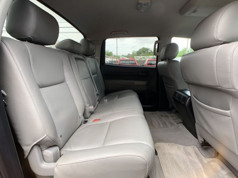 Toyota Tundra 4WD Truck 2011 price $19,995