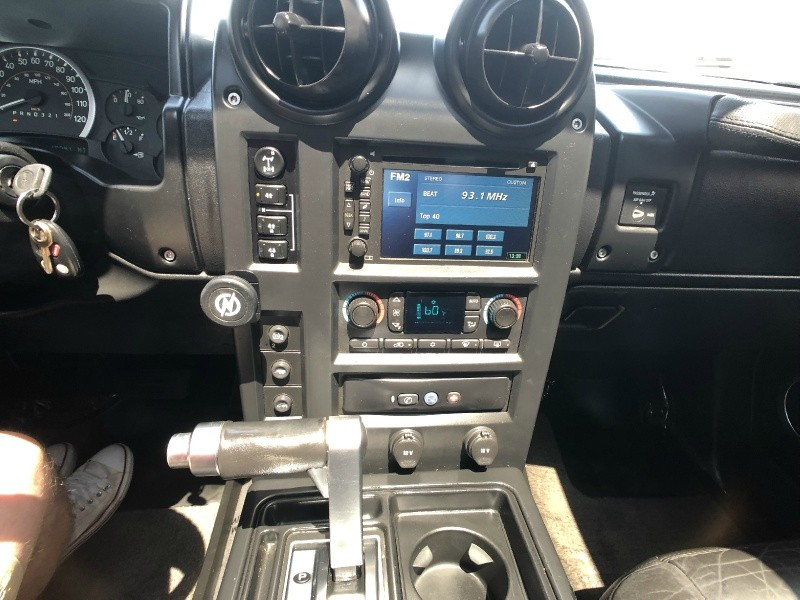 Hummer H2 2006 price $15,500